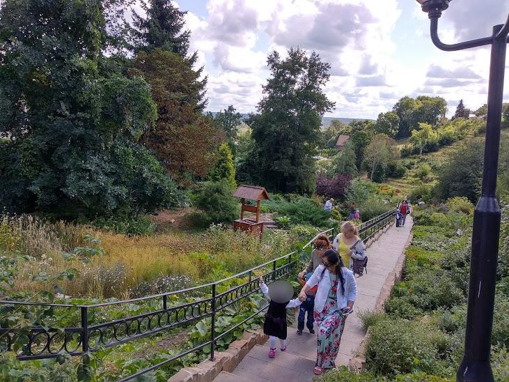 Прогулка по Патриаршим садам
